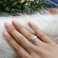 Wholesale Worth Buy Women Size Clear Topaz Stone Embed K White GF Ring Crystal J0360