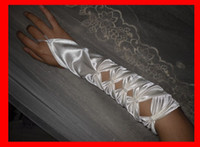 Wholesale Sexy Hollowed Long White Fingerless Bridal Gloves Beaded One Pair Delivery Hot Sell Wedding Gloves