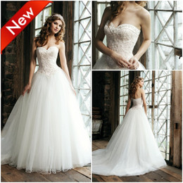 Wholesale 2012 Gorgeous beaded lace applique sweetheart neckline basque waist tulle skirt ivory wedding dress