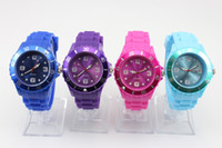 Wholesale 200pcs lady Luxury candy women Jelly Silicone Wristwatch Children dive Unisex Watch
