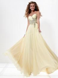 Custom Made Chiffon Evening Gowns White Applique A-line Floor-length Formal Dress Peplum Evening Dresses Red Carpet Dress