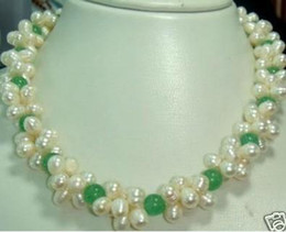 pearl Jewellery White Pearl Green Jade Necklace 17.5'