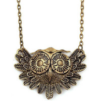 Wholesale Beautiful Retro Style Big Eye Owl Necklace For Lady Women Girls