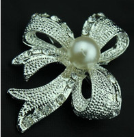 Wholesale Elegant diamond brooch material zircon water getting new lady