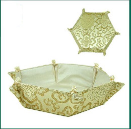 Wholesale Foldable Silk Fabric Lined Storage Baskets Birthday Candy Baskets Diameter x8x3 inch Crafts Cube Free