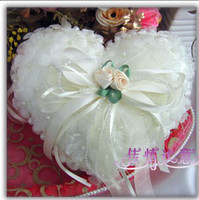 Wholesale Perfect Wedding Ivory Heart Pearl Satin Ring Pillow MOQ With Made In China