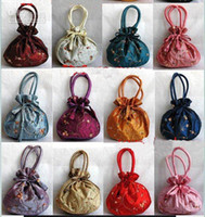 Christmas bag handles - Cheap Fashion Large Gift Bags with Handles Silk Embroidered Drawstring Packaging Pouches size x22 cm mix color