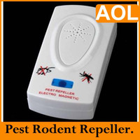 Wholesale Ultrasonic Electronic Mosquito Bug Mouse Pest Rodents Repeller Repellent US EU plug white