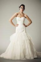 Wholesale Feminine Sweetheart Neckline Sheath White Layer Fairtale Custom Made Wedding Dress Bridal Gown