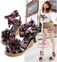 Wholesale 2012 Fashion lady Bohemia flower thick slipsole high heels sandal flatform shoes white black