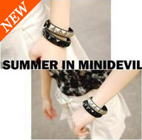 Wholesale Fashion Punk Leather Rivet Cuff Bangle Women Bracelet Jewelry Mixed Colors
