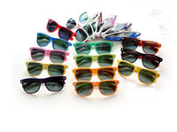 Wholesale 60PCS womens and mens most cheap modern beach sunglasses hot sale classic style sunglasses BO9804