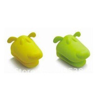 Wholesale 10pcs dog doggie Pliable Silicone Pot Holder Silicone glove Oven mitt