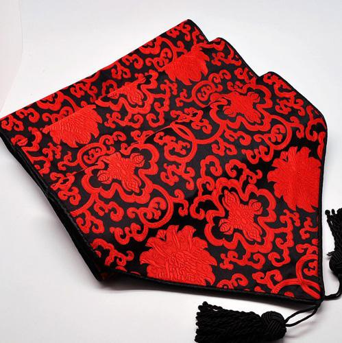 Overlength 120 inch luxury festive banquet table runner for 120 inches table runner