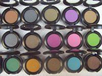 7 Colors beautiful eye shadows - New Beautiful printing g eye shadow colors No brush no mirrors
