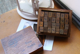Wholesale Wooden vintage block Antique numbers weather week Stamps Handwriting carved gift toy PC set
