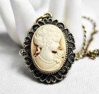 Wholesale Mixture model Antique Brass Queen s Design Pendant Necklace locket Pocket Watch Sweater Ladies