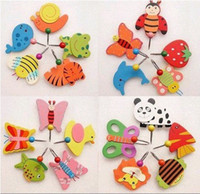 Wholesale 50 Pieces Korean Countryside Cartoon Wooden Animal Robe Home Wall Hanging Hook Hanger Kids Nursery