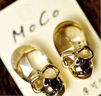 Wholesale 2012 new fashion crystal skull earrings studs handmade pierced studs jewelry earrings