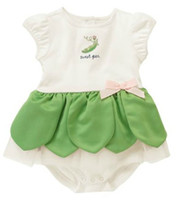 Wholesale 80 CM Amissa Baby Rompers Green Color Flouncing Baby Bodysuits White Color Cotton Rompers Dresses