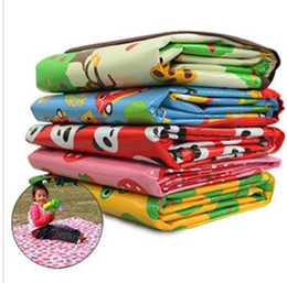 Wholesale Outdoor essential Beach mats Picnic mat Baby Crawling Maps Children s Game blanket styles