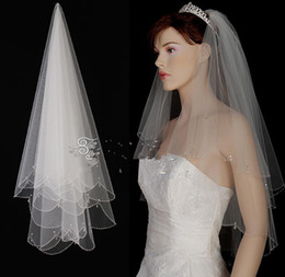 Wholesale Real Picture Handmade Beaded Elbow Length with Comb Two Layer T Wedding Bridal Veil