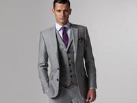 al por mayor pantalones de novios-Novio Tuxedos Groomsmen Por encargo de color gris claro de ventilación de lado Slim Fit mejor traje de hombre de la boda / traje de los hombres Novio (chaqueta + pantalones + Tie + chaleco) G379
