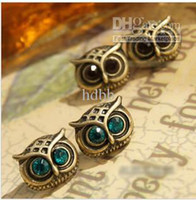 Wholesale new hot selling Europe and America earrings vintage diamond owl ear the pin