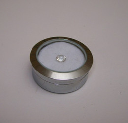 Wholesale Circle Round Diamond Display Box Fine Stainless Steel Metal gemstone Cases Diamond Jewelry Box 3.2*1.5(cm)