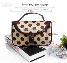 Big dot hand carry type household travel bag makeup bag female bag