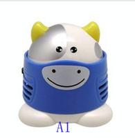Wholesale Desktop cleaner mini cartoon cleaner household cleaning mini vacuum cleaner gift a vacuum cleaner
