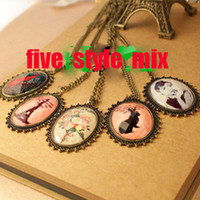 Wholesale Vintage cameo necklace Eiffel tour flower animal monreo retro lece jewellery style mix
