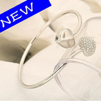 Wholesale Silver Bracelets Magnetic Balance Energy Healthy Bracelets Love Heart Rhinestone Rings Adjusted
