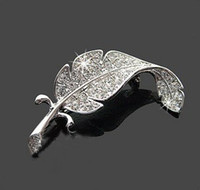 Wholesale Retro Vintage Cute Beautiful Feather Leaf Mini Cute Brooch Pin E9247