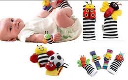 Wholesale In stock Lamaze Wrist Rattle Foot Finder Ladybug Bee Plush toy toddler Infant toys kids toys asdy