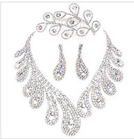 Wholesale new Wedding jewelry Peacock feather Alloy diamond necklace and earrings