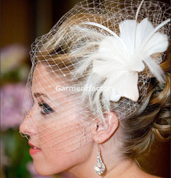 Wholesale Spring Ivory Feather Birdcage Veil With Comb In Stock Beautiful Discount Face Veil hr Dispatch