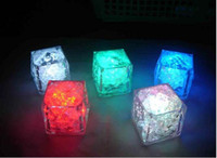Wholesale Hot Selling New Novelty Lighting Endearing Flash Cubes Led Light Submersible Light for Party