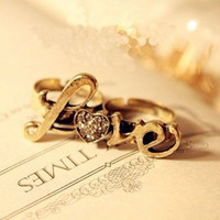 Wholesale love gold plated women ring in fashion with bling crystal double two fingers women ring adjustable