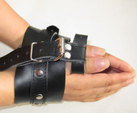 Wholesale black Leather Cuff Restraint Bondage sexy game toy Hand amp Thumb Restraining JD660