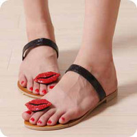 Wholesale 2012 sexy rhinestone red lips Slippers sandals Flip flops women fashion lovely cute star brand shoes