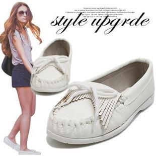 White shoes for women. Women shoes online