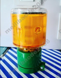Wholesale 2pcs H86 LED Solar Road Studs Warning Safety Sign LED Flash Light For Traffic