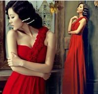 Wholesale Classic red long paragraph Slim waist shoulder banquet evening dress party dress Lace up design