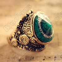 Wholesale Vintage Carved Section Emerald Ring Ring US Size R1217
