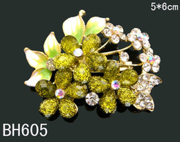 Wholesale fashion Women Gold plated Zinc alloy rhinestone flowers Brooches Pins costume jewelry Free shipping 12pcs lot mixed color BH605