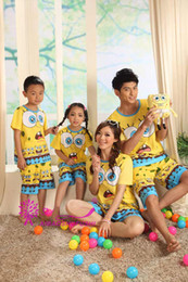 Wholesale Family Suit Women Men Boys and Girls T Shirt Short Sleeve Pajamas Nightwear Clothes Home Suit