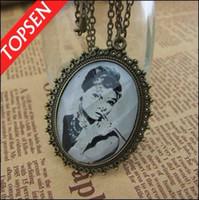 Alloy audrey hepburn sweater - Retro Vintage Jewelry Audrey Hepburn Pendant Sweater Chain Necklaces