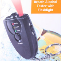 Wholesale Accurate breath alcohol tester key chain Portable breathalyzer flashlight LED digital alcohol tester