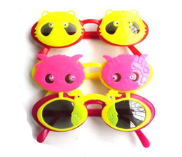 Wholesale 20pcs sunglass Children glasses kid s eyewear Cartoon design color random